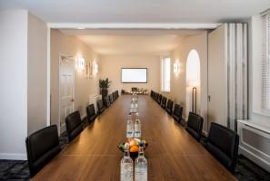 42-Brook-St-meeting-room-2-768×518